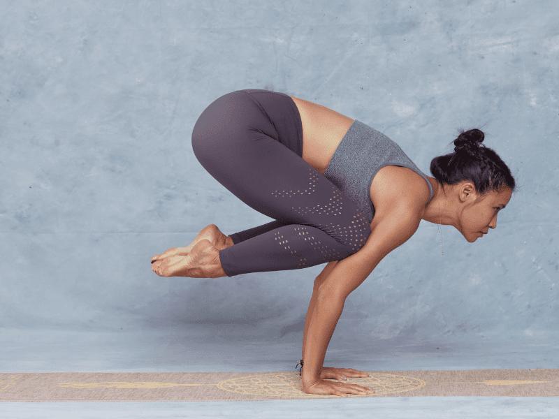 En este momento estás viendo Bakasana yoga