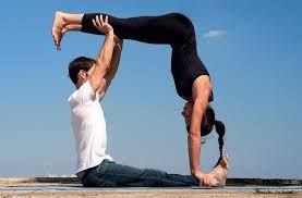 Lee más sobre el artículo Posiciones de yoga en pareja