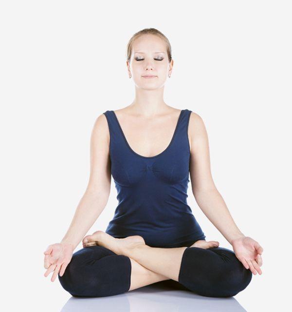 En este momento estás viendo Postura flor de loto yoga