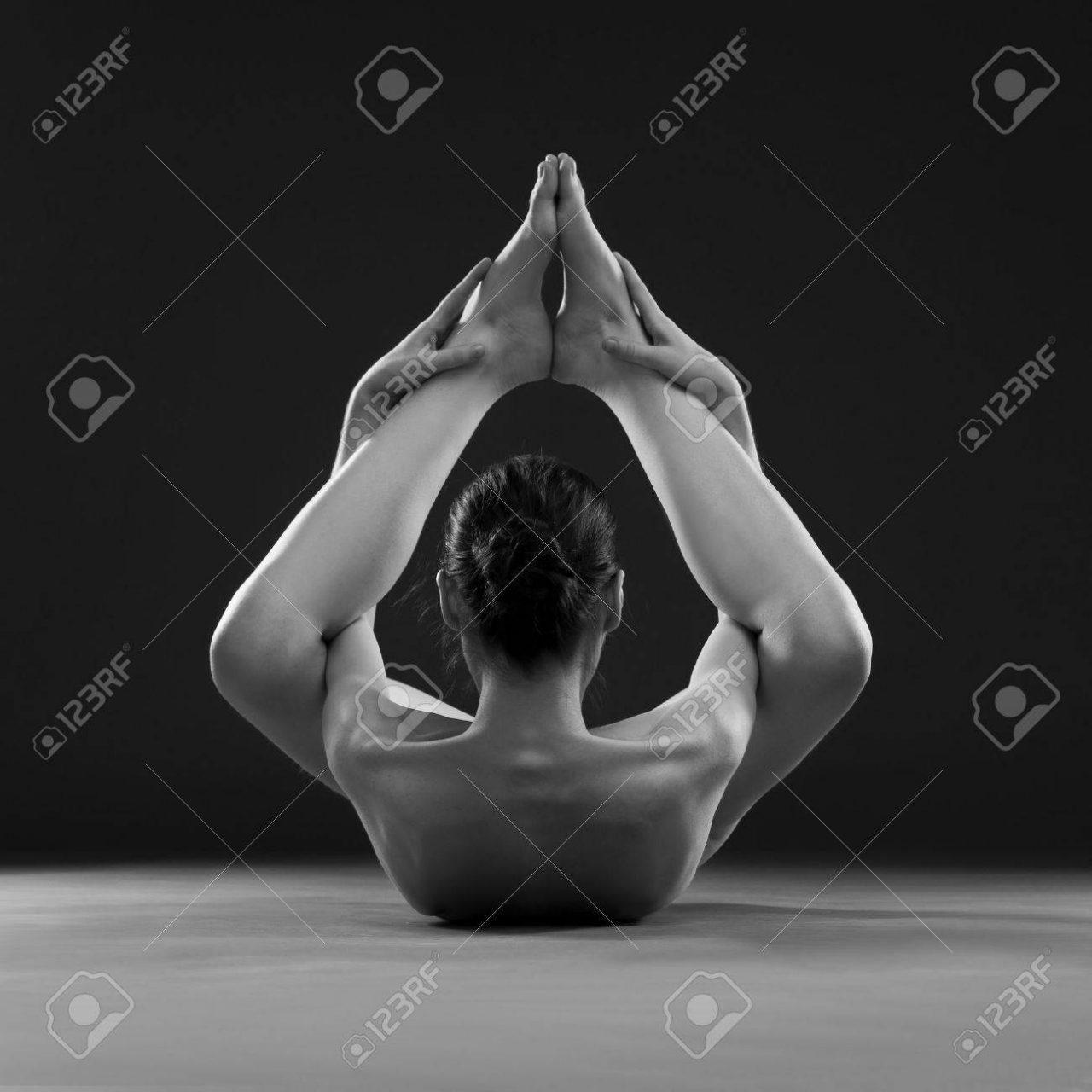En este momento estás viendo Yoga desnudo